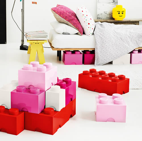 Merveilleux Giant LEGO Storage Brick Boxes