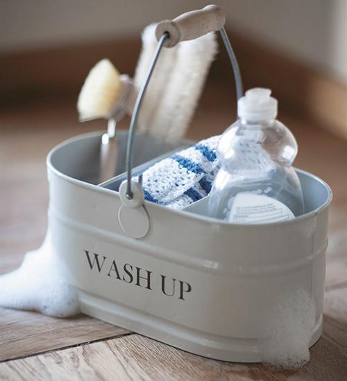 washing-up storage bucket in chalk
