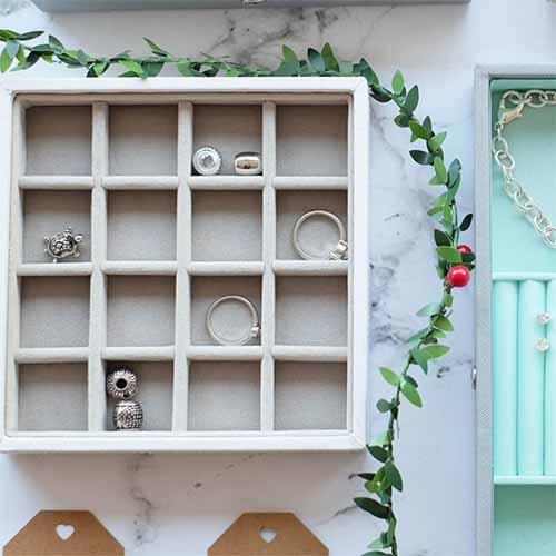Stackers 'Criss-Cross' Charm Jewellery Storage Box