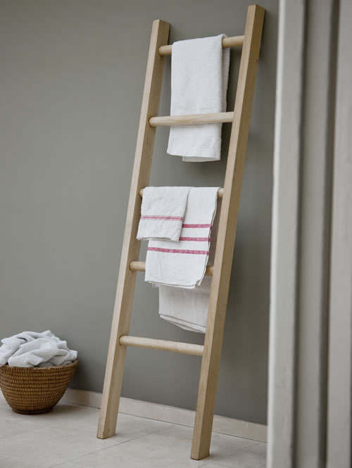 Store Solid Oak Towel Ladder