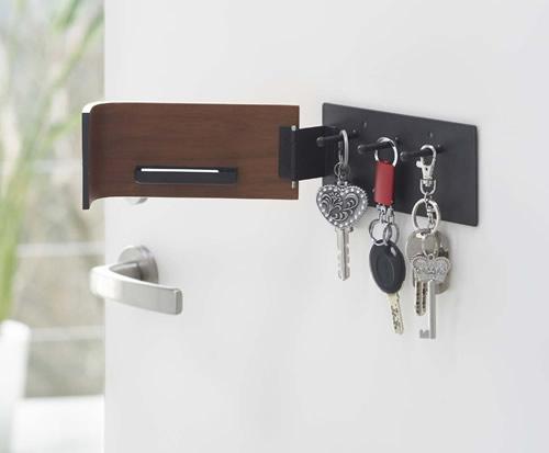 Wooden key rack