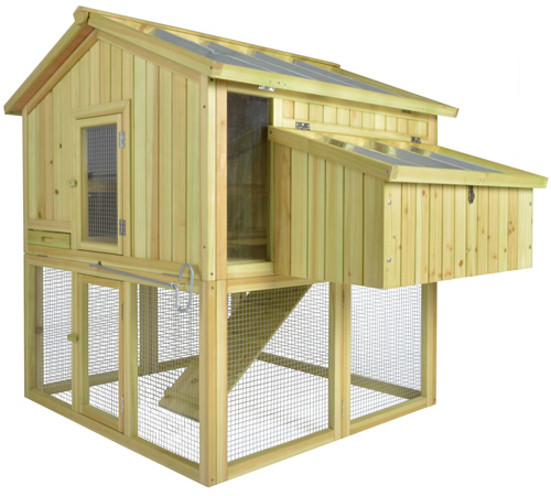 Pinewood and zinc small chicken coop