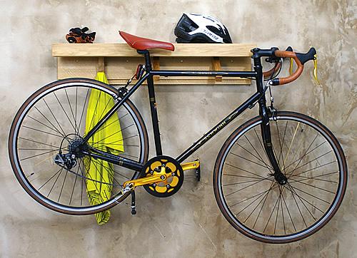 Garage storage shelf and bike hook - Shelfie