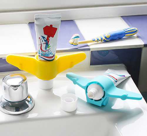Silicone aeroplane shaped toothpaste holder