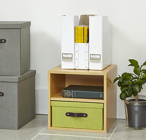 Modular office storage cube solution with removable lidded box