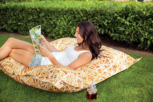 Outdoor giant original beanbag
