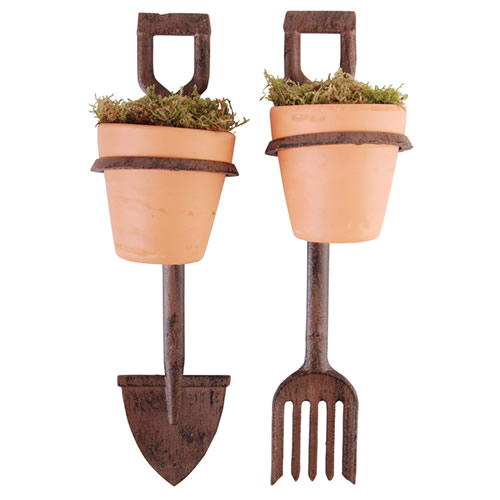 Rustic metal plant pot holder