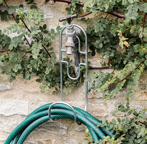 Garden hose hanger - powder coated steel