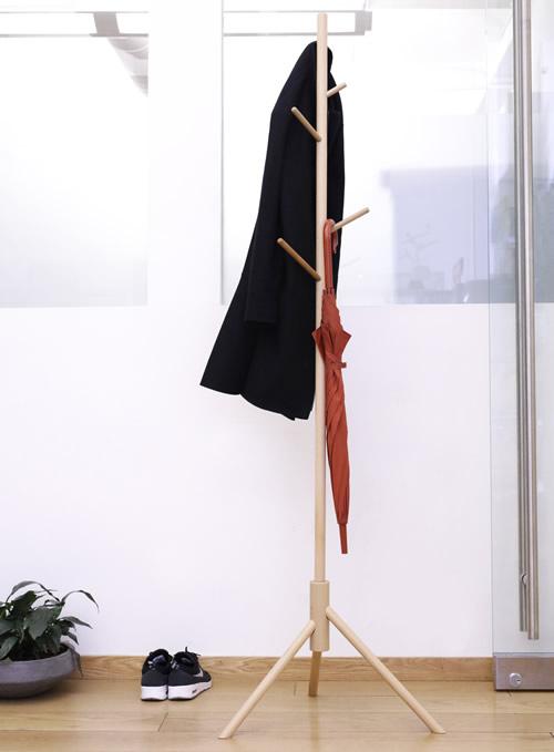 Beechwood coat stand