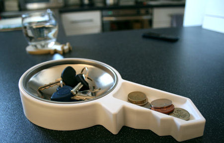 key and change storage valet tray