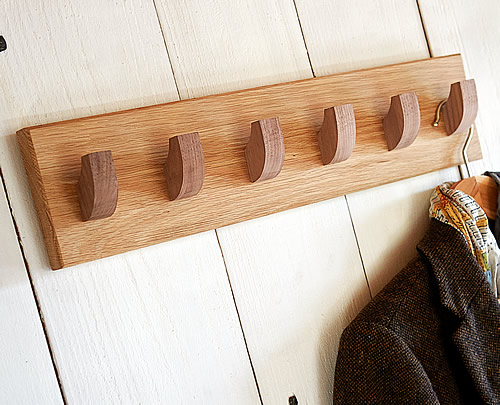 Solid oak coat hook with 6 hanging pegs