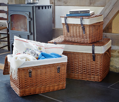 Set of 3 wicker lined storage chests with rope handles