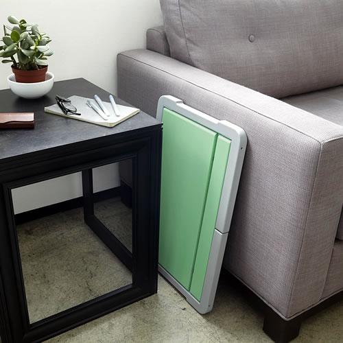 Fliptop laptop tray