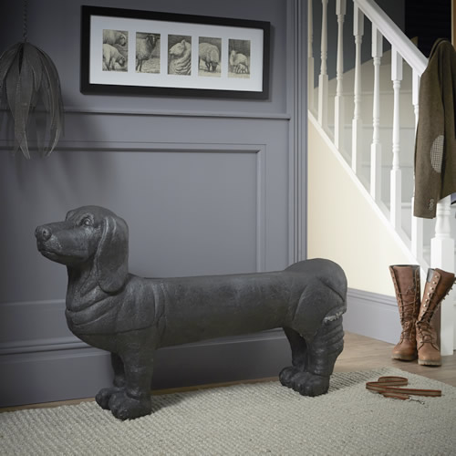 Store Sausage Dog Bench