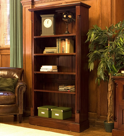 Tall Open Bookcase - La Roque