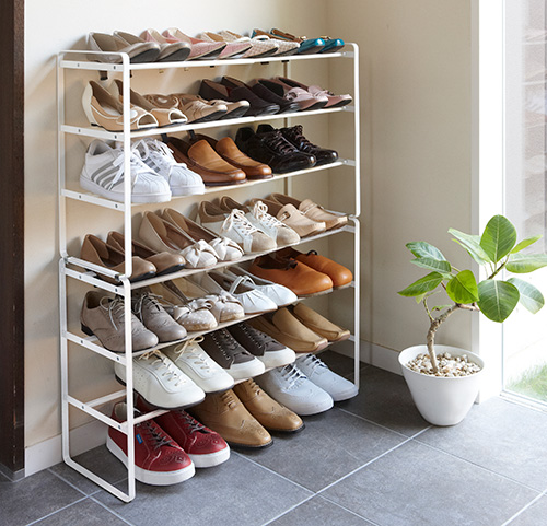 Metal stacking and extending shoe rack