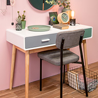 Console Table - Neat