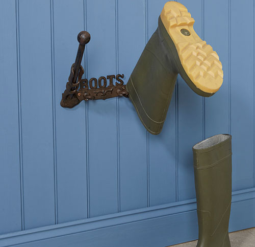 Cast Iron Wall Mounted Boot Rack