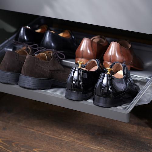 Elfa Decor Fascia for Gliding Mesh Shoe Shelf